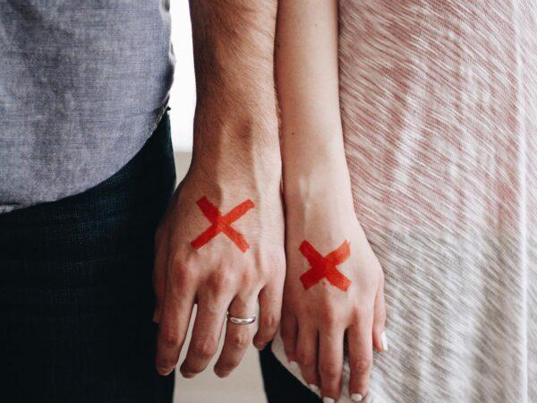 Separarsi o non separarsi? È giusto rimanere insieme per i figli?